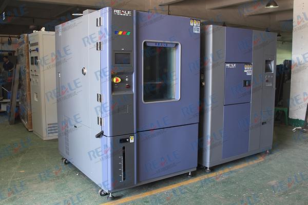 高低温试验箱设备.JPG