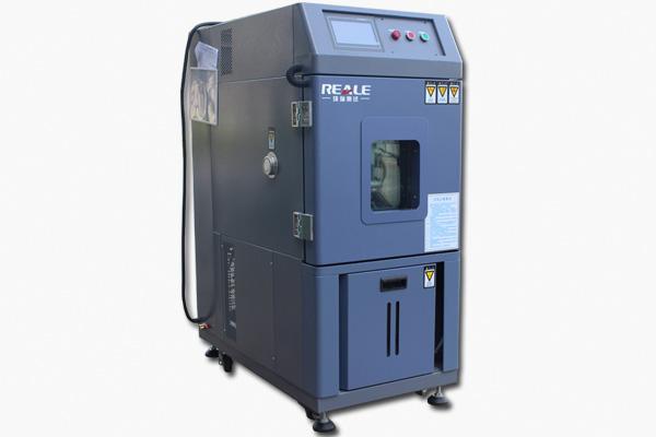 高低温环境试验机